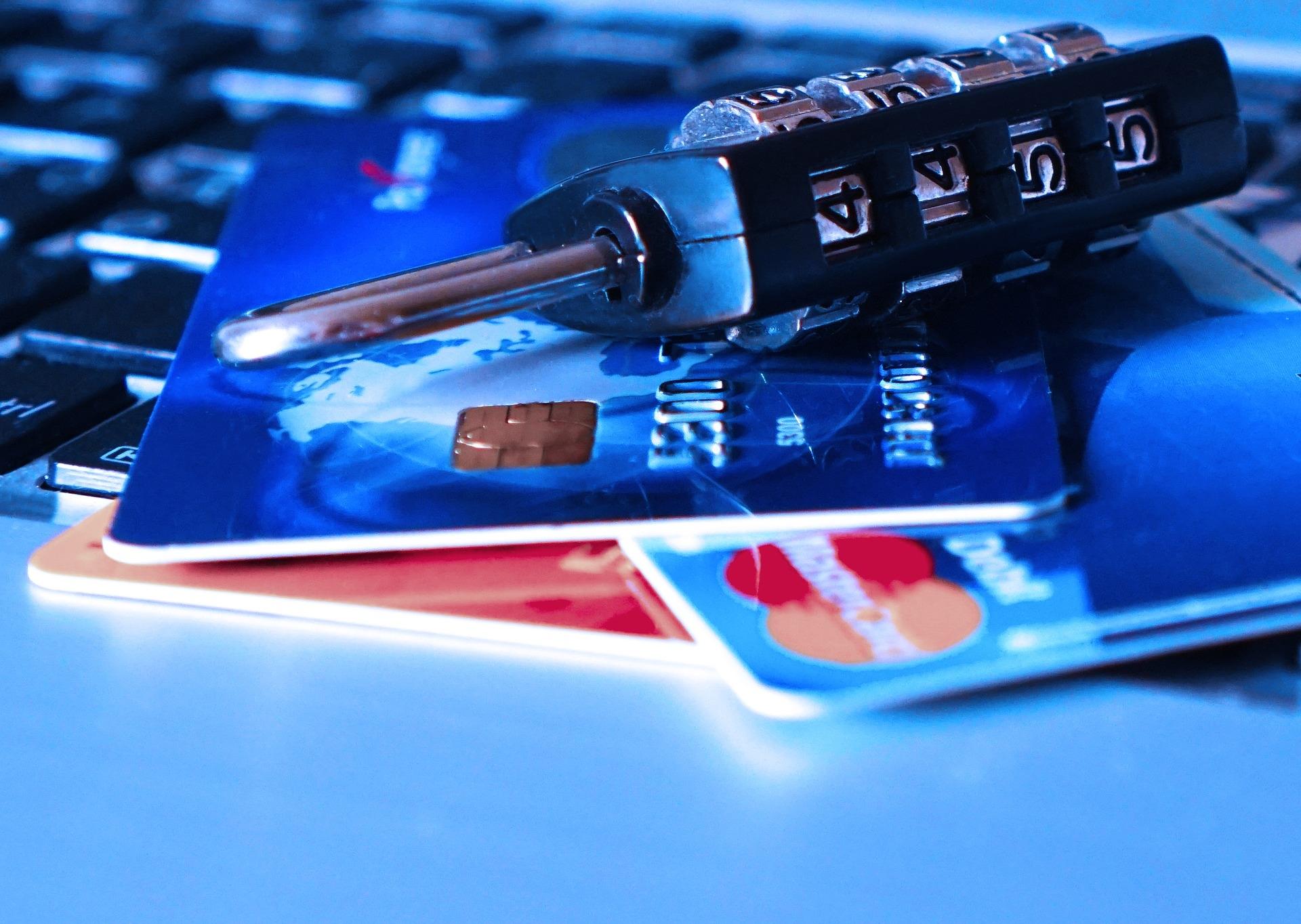 Capital One Savor Card credit-card-1591492_1920