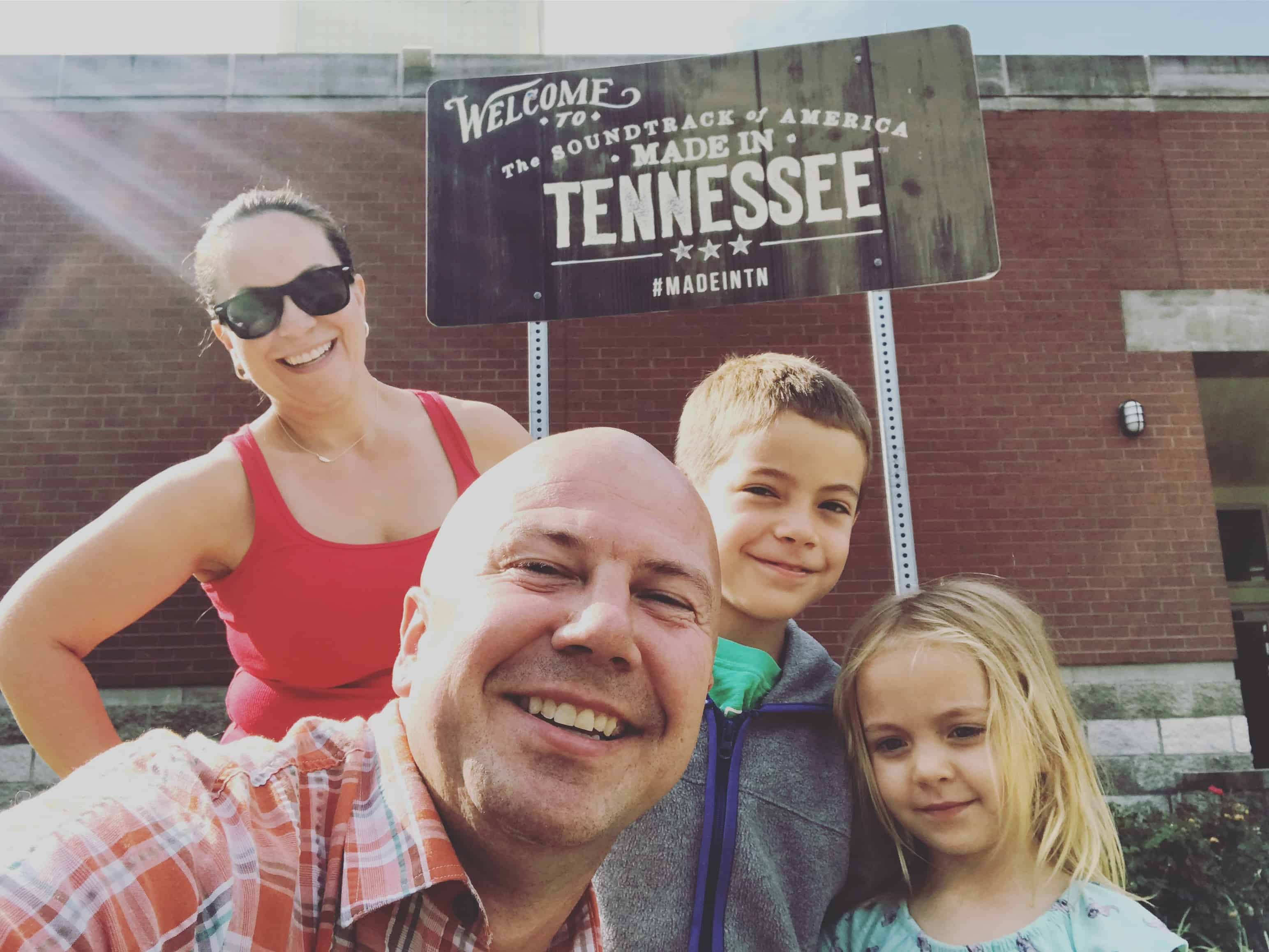Nashville Road Trip 2018-07 Tennessee state line